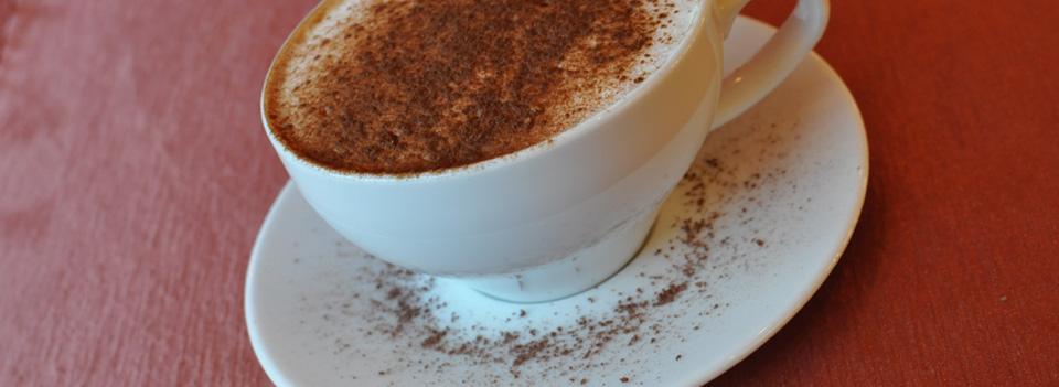 Kawa jest naszą pasją i życiem dlatego serwujemy ją na kilkanaście sposobów...